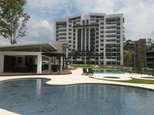Apartamento En Ventaen Heredia, Heredia, Costa Rica, CR RAH: 21-178