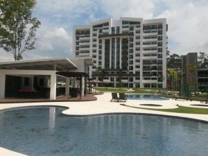 Apartamento En Alquileren Heredia, Heredia, Costa Rica, CR RAH: 21-180