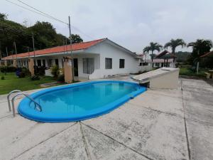 Casa En Ventaen Jaco, Garabito, Costa Rica, CR RAH: 21-198