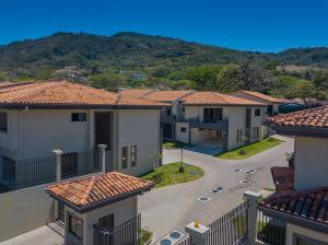 Casa En Ventaen Piedades, Santa Ana, Costa Rica, CR RAH: 21-210