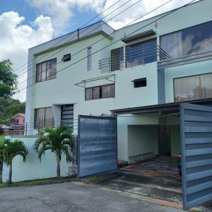 Casa En Ventaen Brasil De Santa Ana, Santa Ana, Costa Rica, CR RAH: 21-221