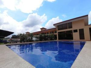 Apartamento En Ventaen San Juan, Tibas, Costa Rica, CR RAH: 21-248