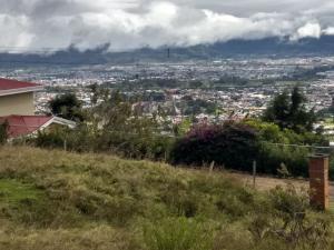 Terreno En Ventaen Cartago Centro, Cartago, Costa Rica, CR RAH: 21-274