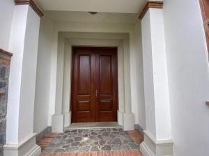 Casa En Ventaen Piedades, Santa Ana, Costa Rica, CR RAH: 21-281