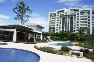 Apartamento En Alquileren Ulloa, Heredia, Costa Rica, CR RAH: 21-282