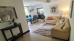 Apartamento En Ventaen Ulloa, Heredia, Costa Rica, CR RAH: 21-288