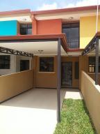 Casa En Ventaen Granadilla, Curridabat, Costa Rica, CR RAH: 21-333