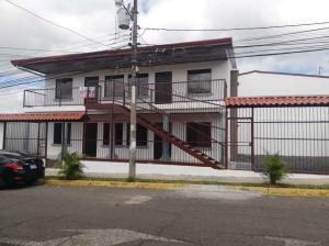 Apartamento En Alquileren San Antonio Del Tejar, Alajuela, Costa Rica, CR RAH: 21-402