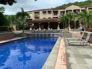 Apartamento En Ventaen Pozos, Santa Ana, Costa Rica, CR RAH: 21-421