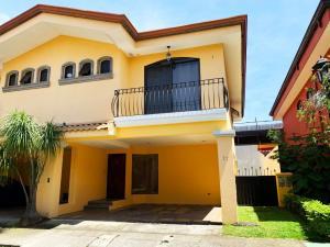 Casa En Ventaen Barva De Heredia, Barva, Costa Rica, CR RAH: 21-344