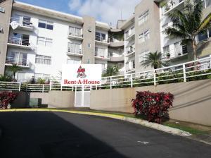 Apartamento En Alquileren San Pedro, Montes De Oca, Costa Rica, CR RAH: 21-449