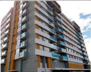 Apartamento En Alquileren Sabana, San Jose, Costa Rica, CR RAH: 21-453