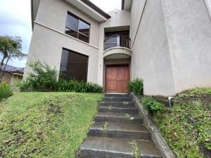 Casa En Alquileren Escazu, Escazu, Costa Rica, CR RAH: 21-472