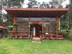 Casa En Ventaen El Jardin, Dota, Costa Rica, CR RAH: 21-494