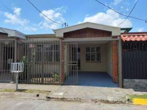 Casa En Alquileren Sabanilla, Montes De Oca, Costa Rica, CR RAH: 21-514