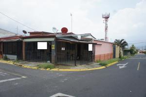 Casa En Ventaen Ulloa, Heredia, Costa Rica, CR RAH: 21-522