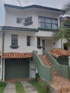 Casa En Alquileren Belen, Belen, Costa Rica, CR RAH: 21-587