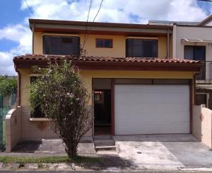 Casa En Ventaen San Pedro, Montes De Oca, Costa Rica, CR RAH: 21-619