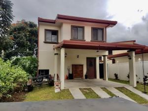 Casa En Ventaen San Rafael, San Rafael, Costa Rica, CR RAH: 21-641
