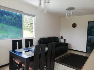 Apartamento En Alquileren Alajuela, Alajuela, Costa Rica, CR RAH: 21-646