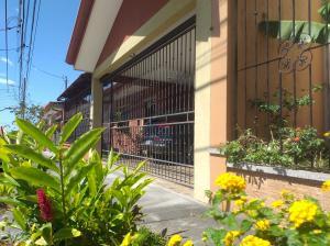 Casa En Ventaen Santo Domingo, Santo Domingo, Costa Rica, CR RAH: 21-717