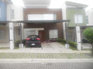 Casa En Ventaen Tres Rios, La Union, Costa Rica, CR RAH: 21-721