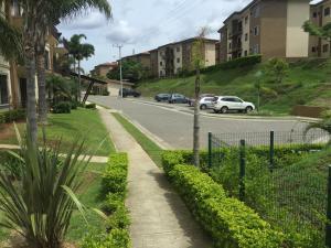 Apartamento En Ventaen Tres Rios, La Union, Costa Rica, CR RAH: 21-742
