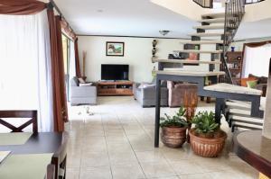 Casa En Ventaen San Juan, Santa Barbara, Costa Rica, CR RAH: 21-776