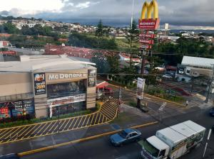 Bodegas En Ventaen Heredia, Heredia, Costa Rica, CR RAH: 21-791