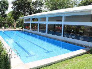 Apartamento En Alquileren Rio Oro, Santa Ana, Costa Rica, CR RAH: 21-794