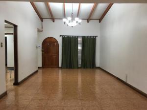 Casa En Ventaen Sabana, San Jose, Costa Rica, CR RAH: 21-809
