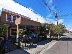 Casa En Ventaen Moravia, Moravia, Costa Rica, CR RAH: 21-815
