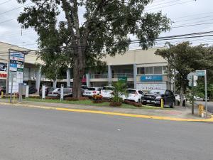 Local Comercial En Alquileren Santa Ana, Santa Ana, Costa Rica, CR RAH: 21-818