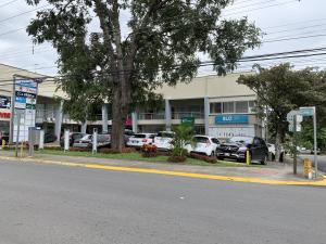 Local Comercial En Ventaen Santa Ana, Santa Ana, Costa Rica, CR RAH: 21-822