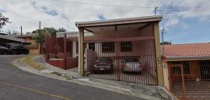 Casa En Ventaen San Antonio, Vazquez De Coronado, Costa Rica, CR RAH: 21-851