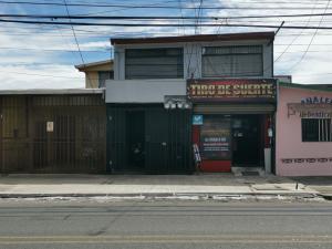 Edificio En Ventaen Guadalupe, Goicoechea, Costa Rica, CR RAH: 21-886