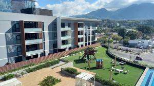 Apartamento En Alquileren Escazu, Escazu, Costa Rica, CR RAH: 21-894