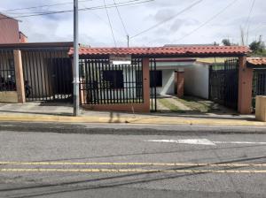 Casa En Ventaen San Joaquin De Flores De Heredia, Heredia, Costa Rica, CR RAH: 21-912