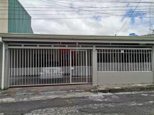 Casa En Ventaen Desamparados, Desamparados, Costa Rica, CR RAH: 21-915