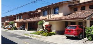 Casa En Alquileren Santa Ana, Santa Ana, Costa Rica, CR RAH: 21-982