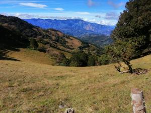 Terreno En Ventaen Patio De Agua, El Guarco, Costa Rica, CR RAH: 21-996