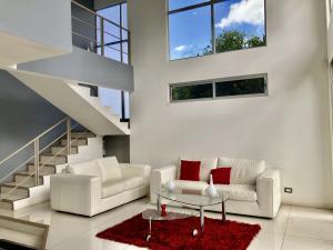Casa En Alquileren San Pedro, Barva, Costa Rica, CR RAH: 21-1010