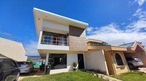 Casa En Ventaen Paraiso, Paraiso, Costa Rica, CR RAH: 21-1031