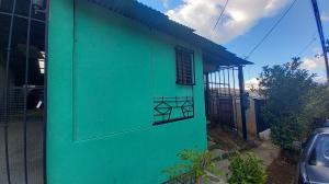 Casa En Ventaen Brasil De Santa Ana, Santa Ana, Costa Rica, CR RAH: 21-1035