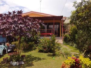 Casa En Ventaen Paraiso, Cartago, Costa Rica, CR RAH: 21-1053