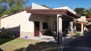 Casa En Ventaen Brasil De Santa Ana, Mora, Costa Rica, CR RAH: 21-1065