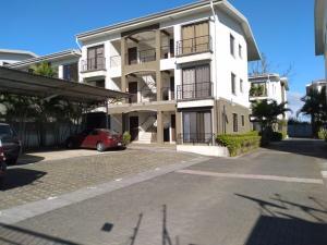 Apartamento En Alquileren Ulloa, Heredia, Costa Rica, CR RAH: 21-1109