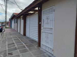 Casa En Ventaen Santo Domingo, Santo Domingo, Costa Rica, CR RAH: 21-1131