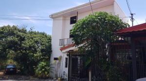 Casa En Ventaen Mercedes Sur, Heredia, Costa Rica, CR RAH: 21-1139