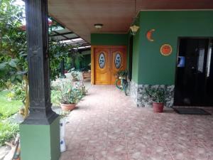 Casa En Ventaen Ciudad Colon, Mora, Costa Rica, CR RAH: 21-1175